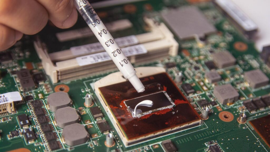 Thermal Pastes for CPU which is easily available in India